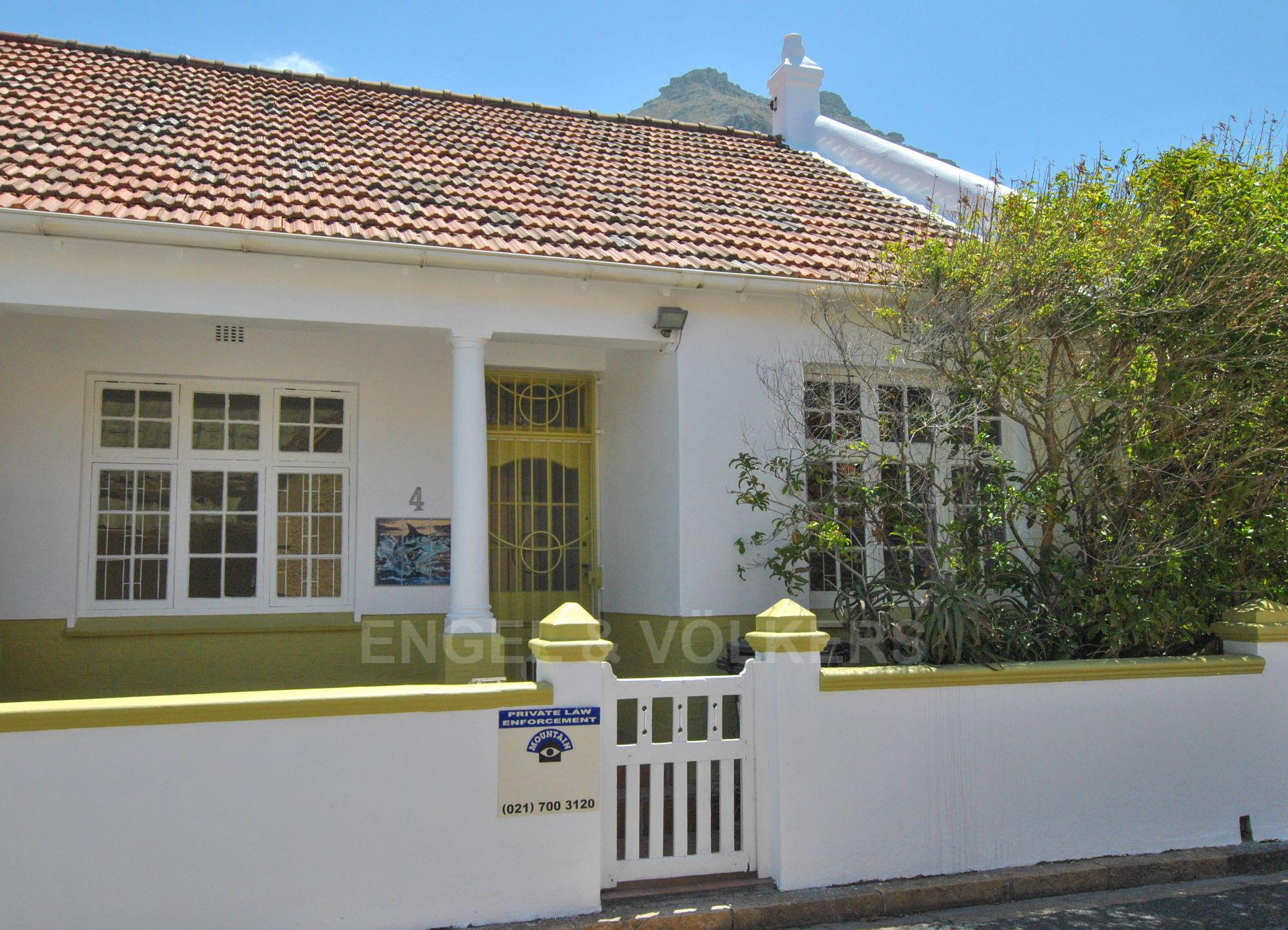 Cape Town, Muizenberg Property  | Houses For Sale Muizenberg, MUIZENBERG, House 2 bedrooms property for sale Price:2,500,000