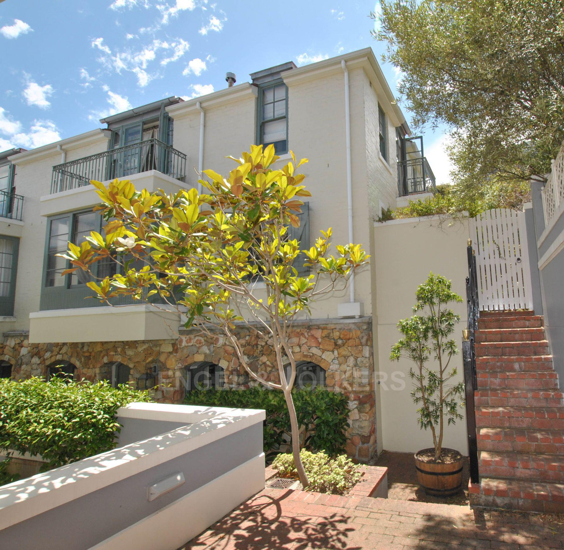Kalk Bay property for sale. Ref No: 13568795. Picture no 1