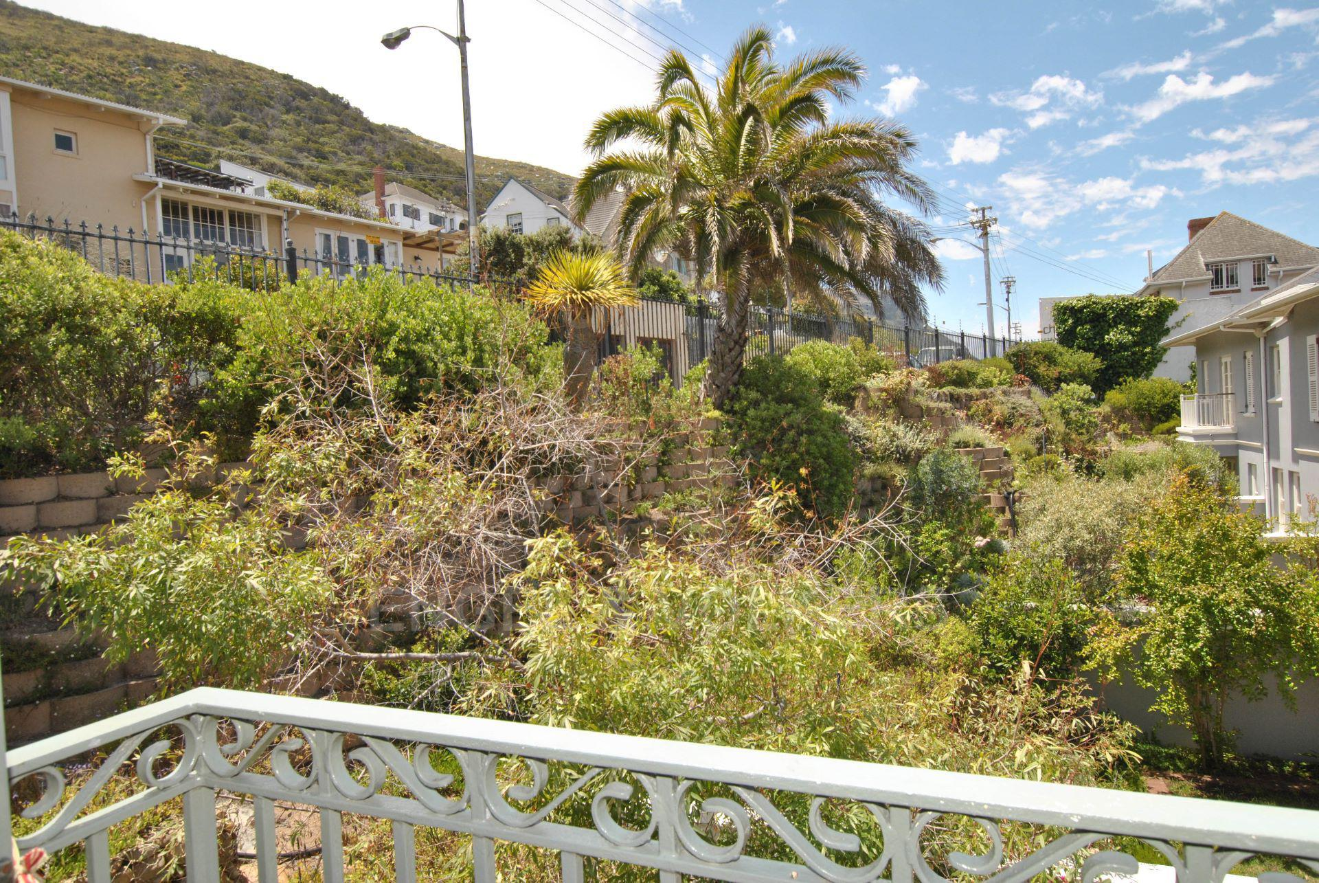 Kalk Bay property for sale. Ref No: 13568795. Picture no 20