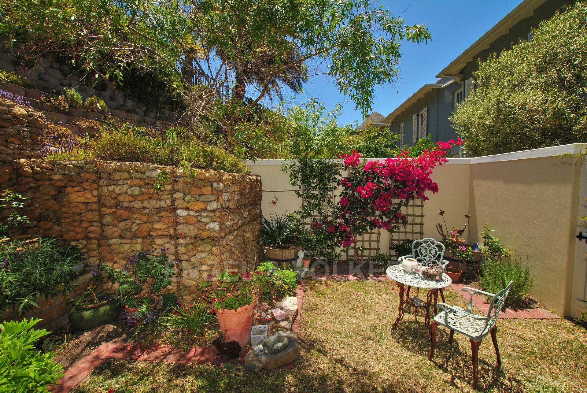 Kalk Bay property for sale. Ref No: 13568795. Picture no 22