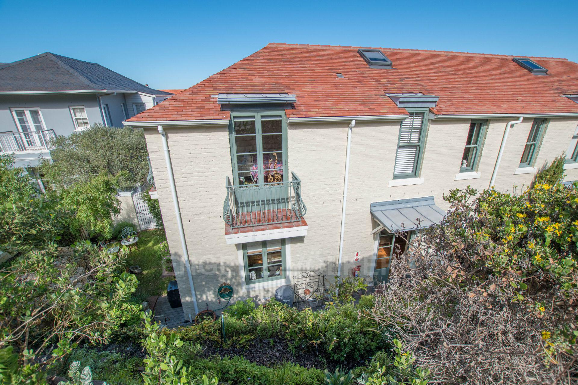 Kalk Bay property for sale. Ref No: 13568795. Picture no 24