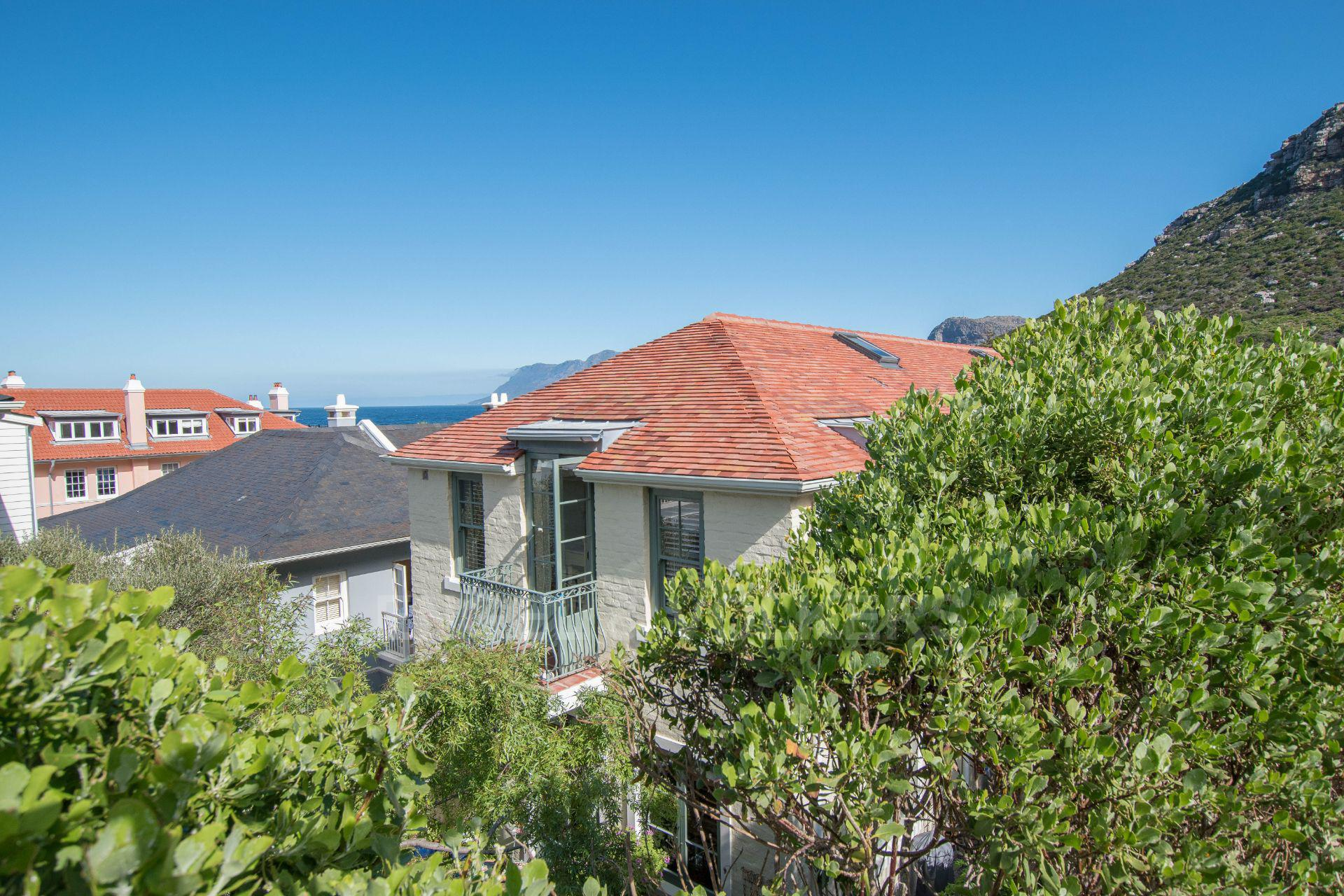 Kalk Bay property for sale. Ref No: 13568795. Picture no 25