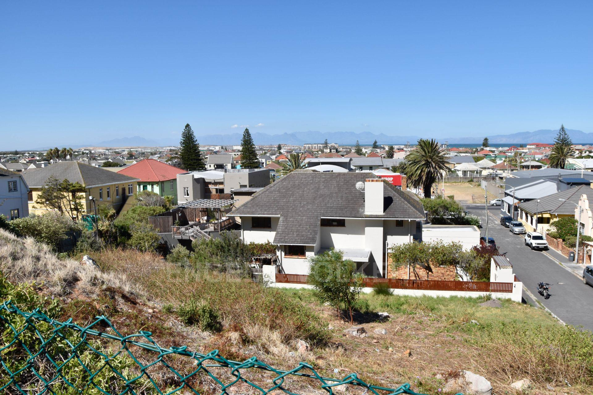 Cape Town, Muizenberg Property  | Houses For Sale Muizenberg, MUIZENBERG, Stand  property for sale Price:1,400,000