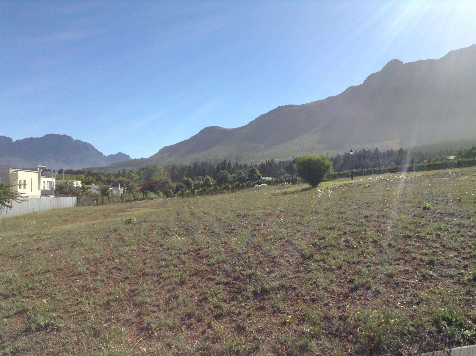 Paradyskloof property for sale. Ref No: 13537972. Picture no 13