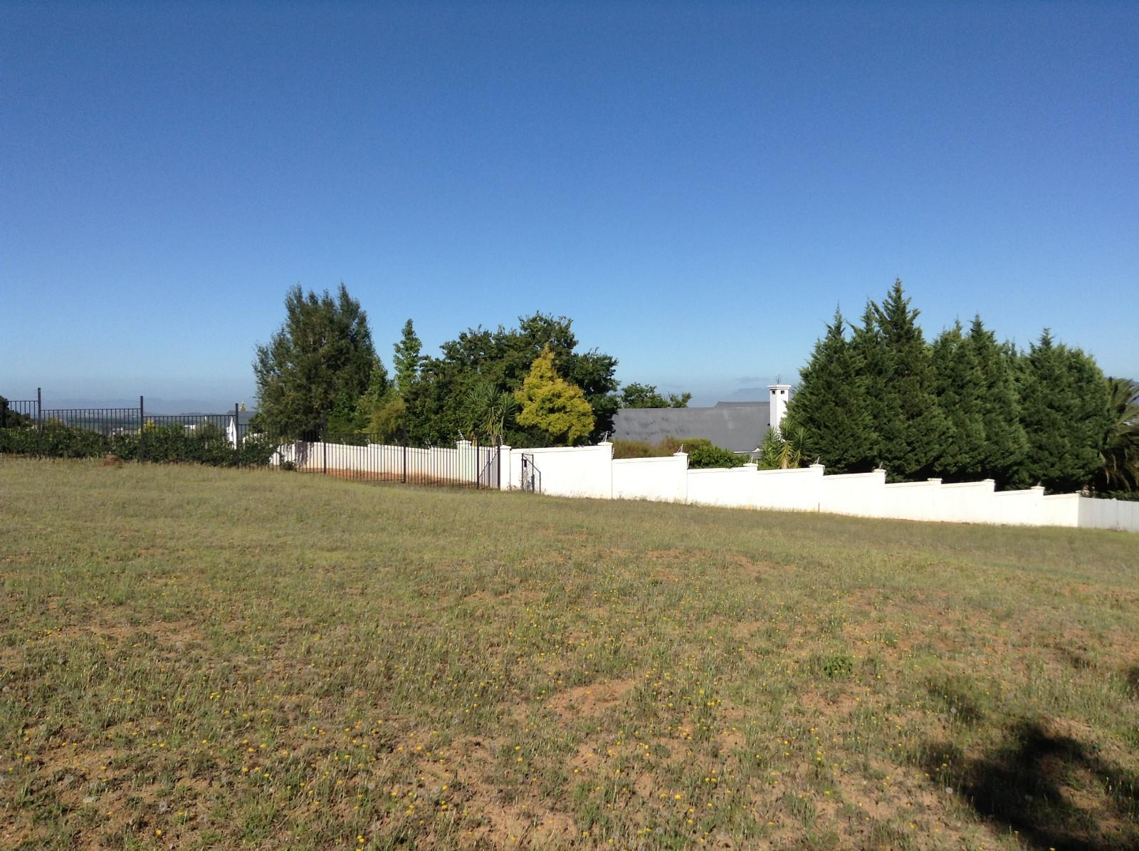 Paradyskloof property for sale. Ref No: 13537972. Picture no 18