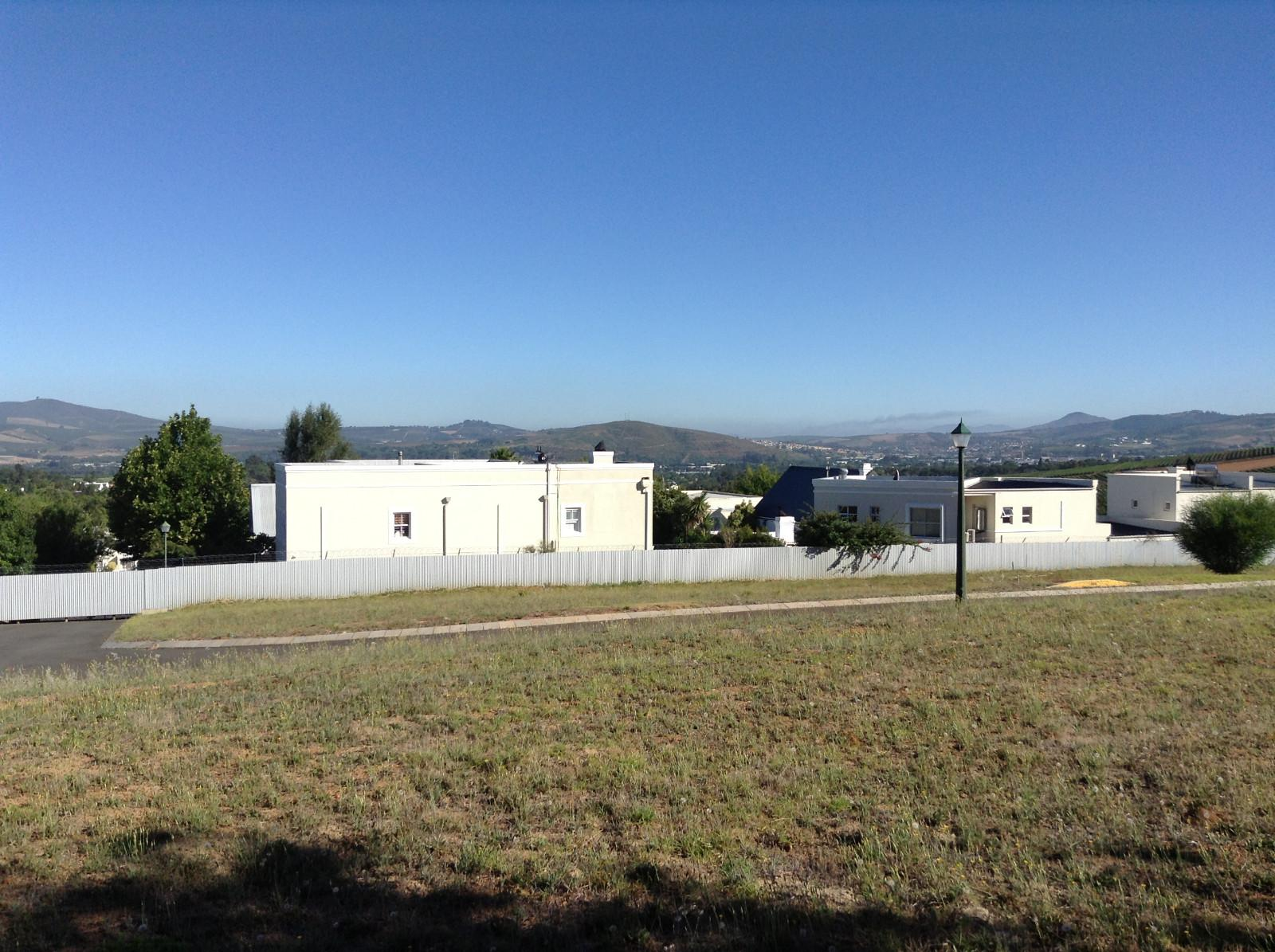 Paradyskloof property for sale. Ref No: 13537969. Picture no 21