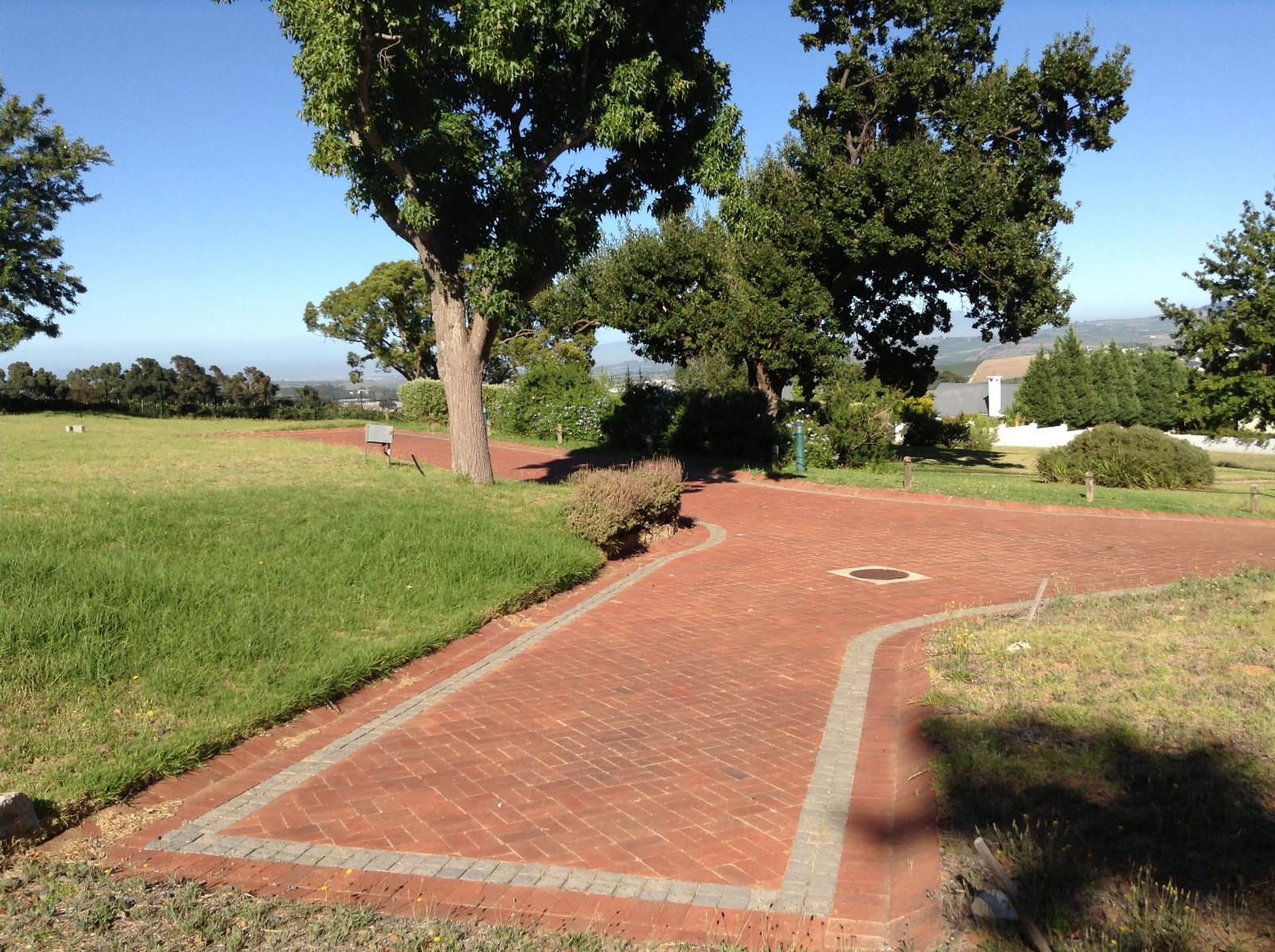Paradyskloof property for sale. Ref No: 12780200. Picture no 28