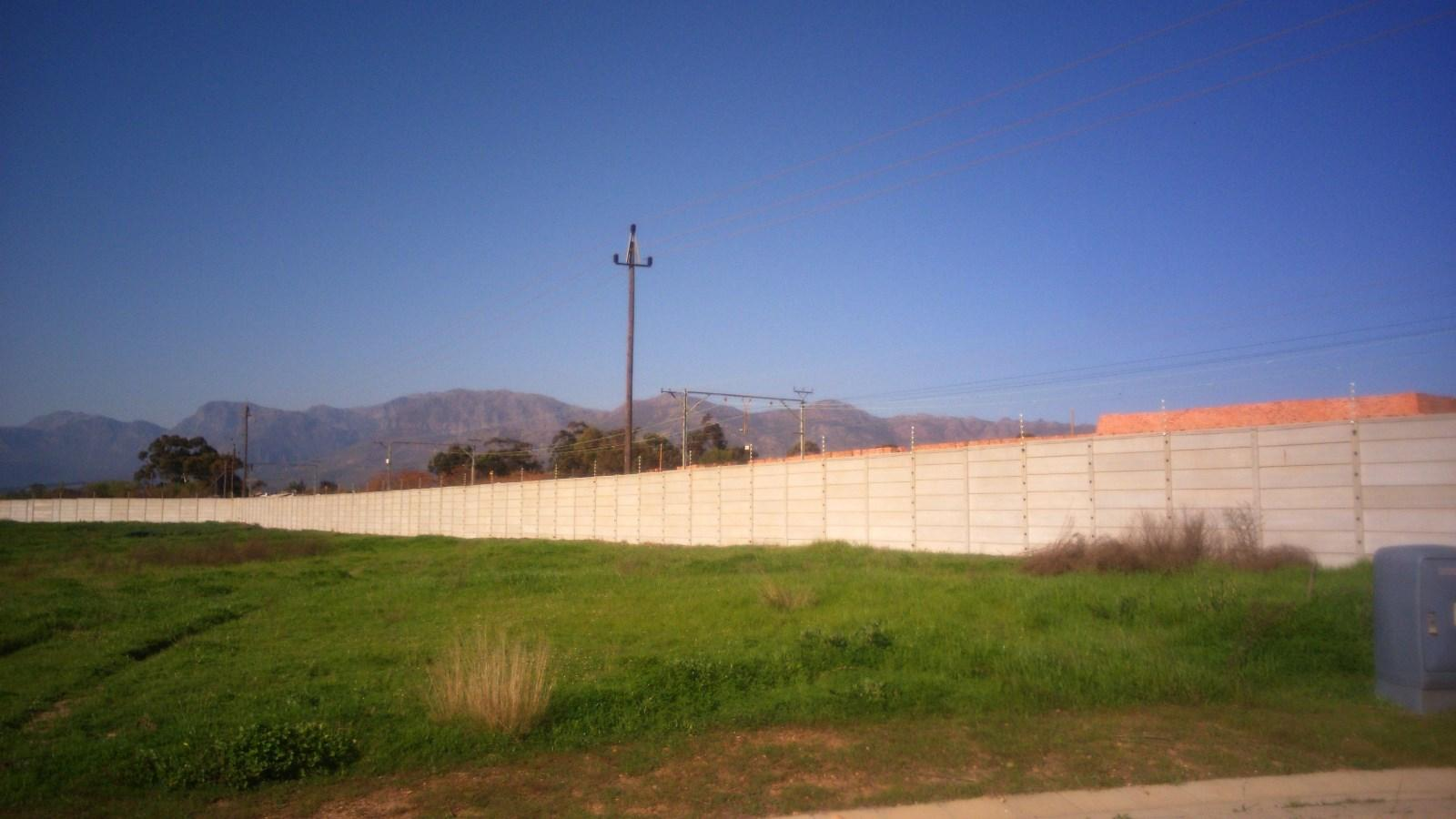 Suider Paarl property for sale. Ref No: 13243267. Picture no 1