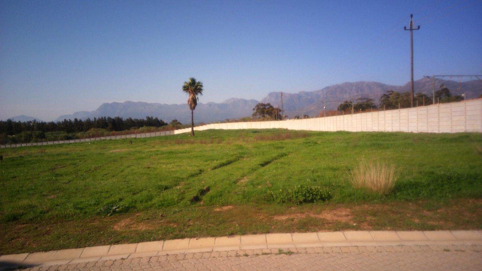 Suider Paarl property for sale. Ref No: 13243267. Picture no 2
