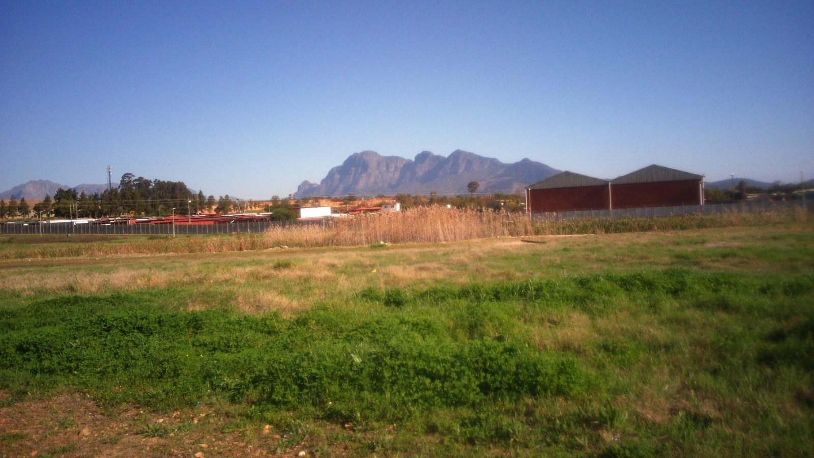 Suider Paarl property for sale. Ref No: 13243287. Picture no 1