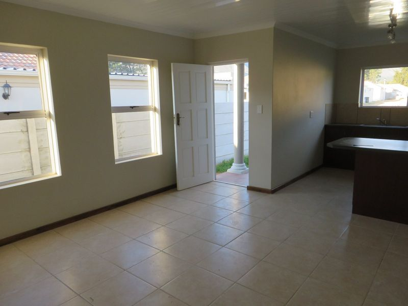 Paarl property for sale. Ref No: 13420985. Picture no 9