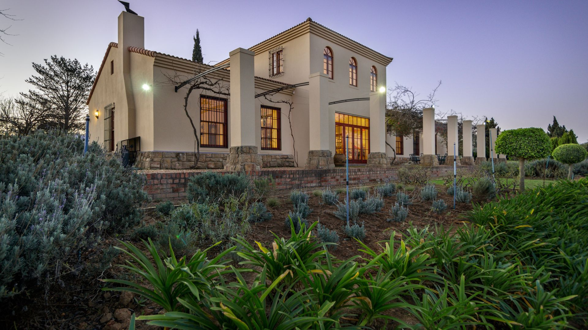 Property and Houses for sale in Devonvallei, Farms, 4 Bedrooms - ZAR 16,000,000