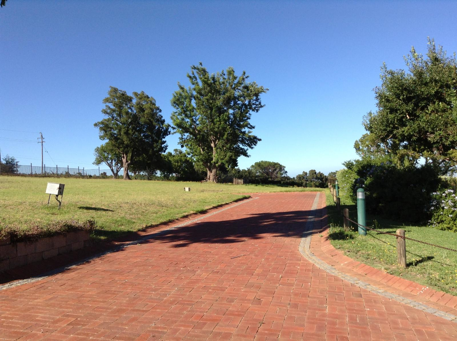 Paradyskloof property for sale. Ref No: 13537971. Picture no 28