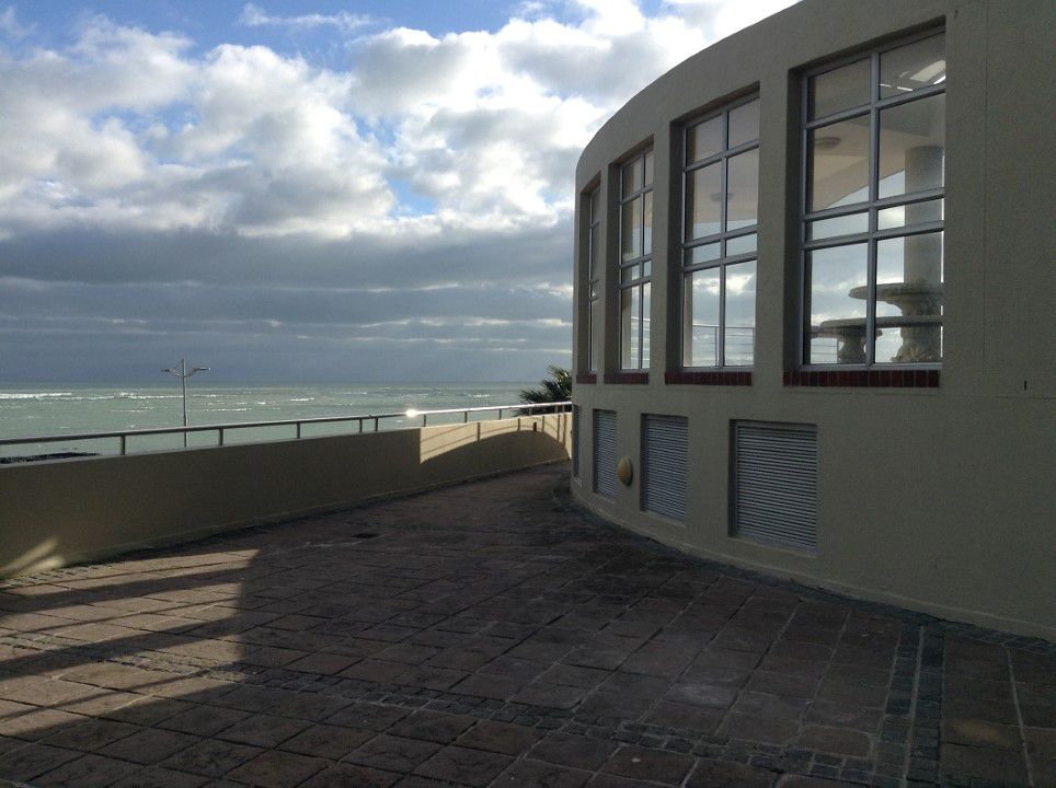 Strand Central property for sale. Ref No: 13658706. Picture no 9