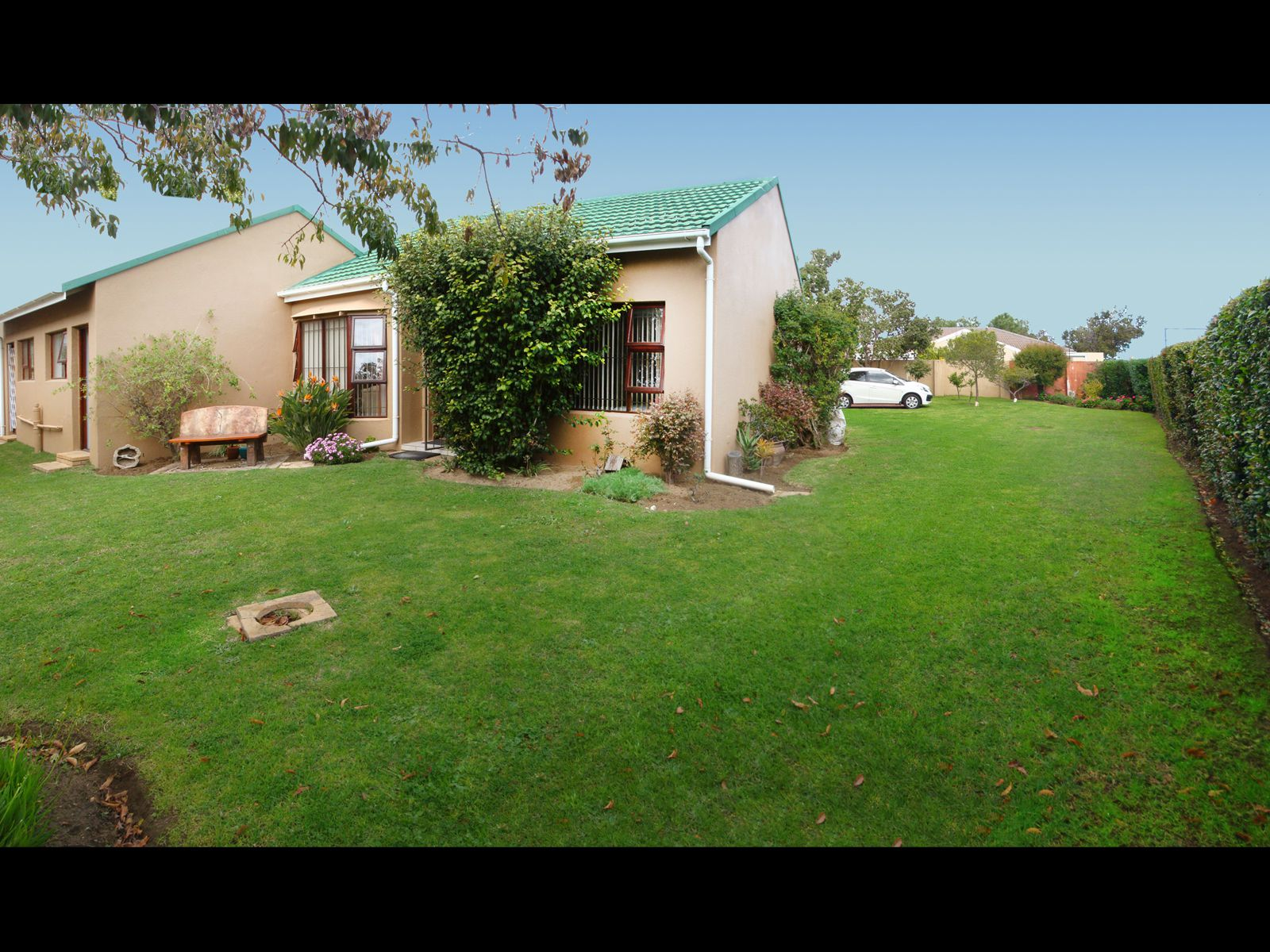 Strand South property for sale. Ref No: 13674227. Picture no 13