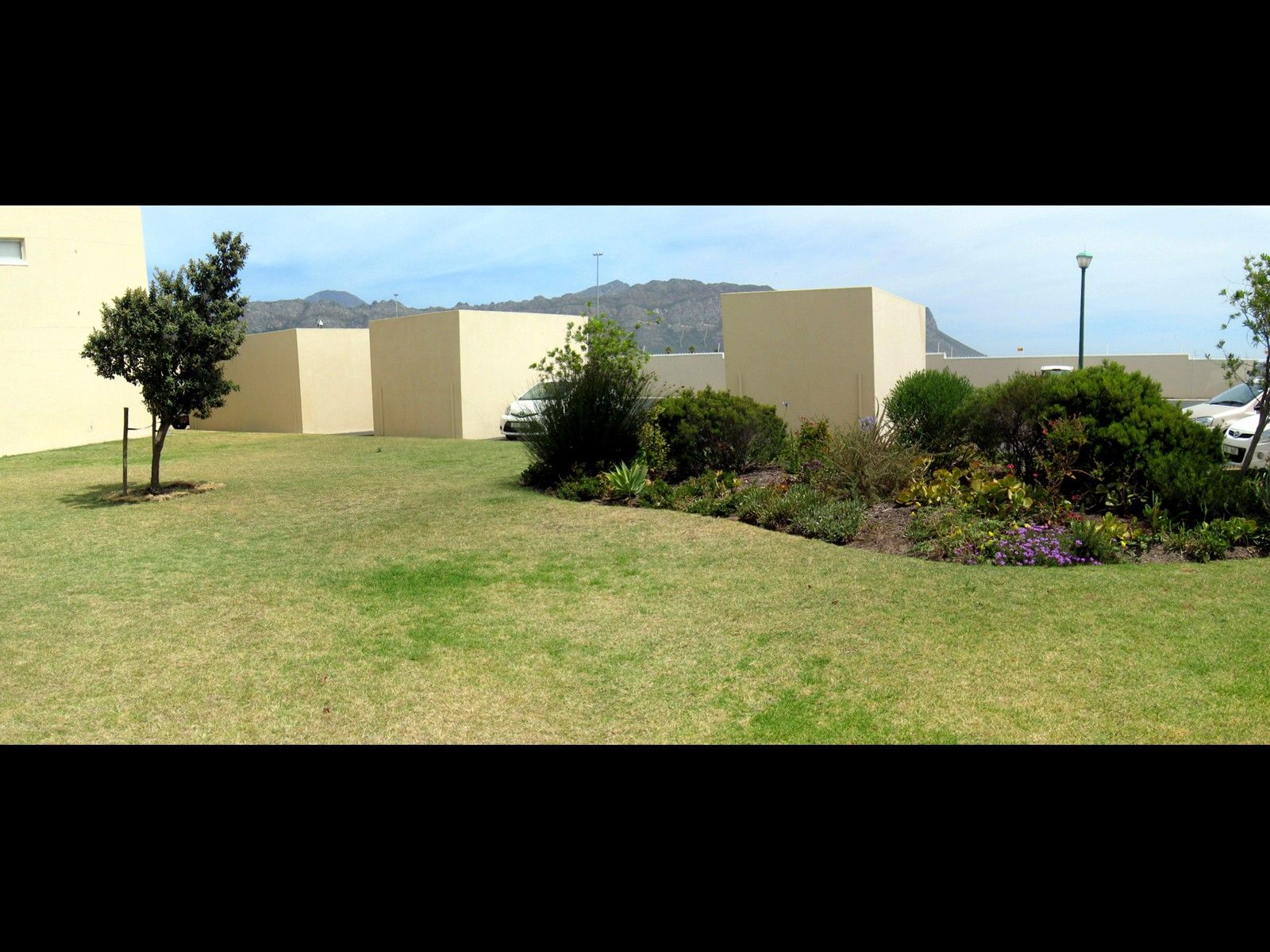 Greenways Golf Estate property for sale. Ref No: 13466231. Picture no 14
