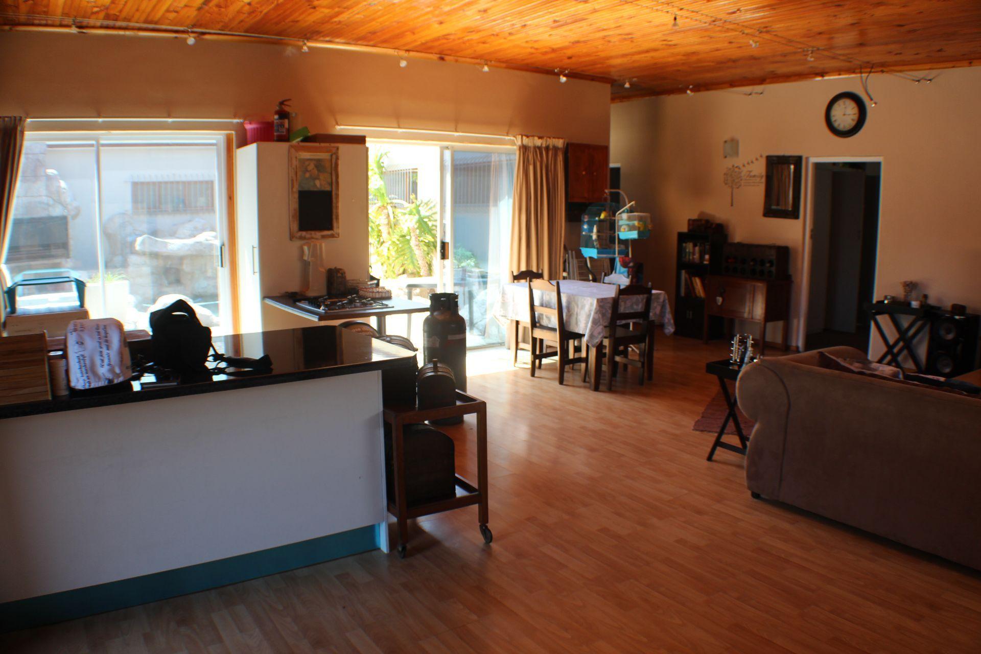 Strand North property for sale. Ref No: 13482082. Picture no 3