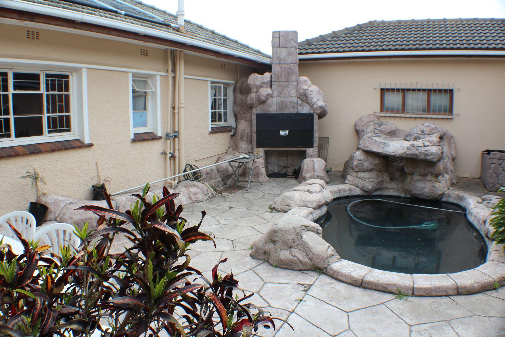 Strand North property for sale. Ref No: 13482082. Picture no 15
