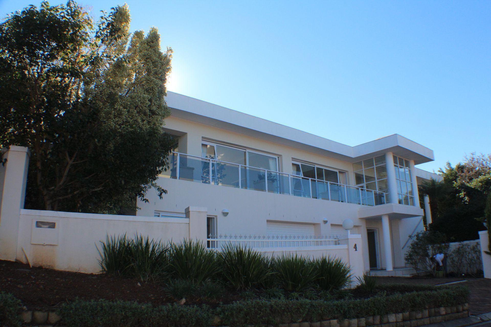 Erinvale Golf Estate property for sale. Ref No: 13509371. Picture no 4