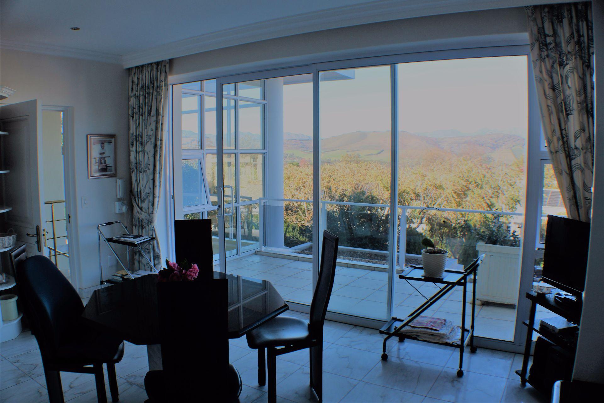 Erinvale Golf Estate property for sale. Ref No: 13509371. Picture no 9