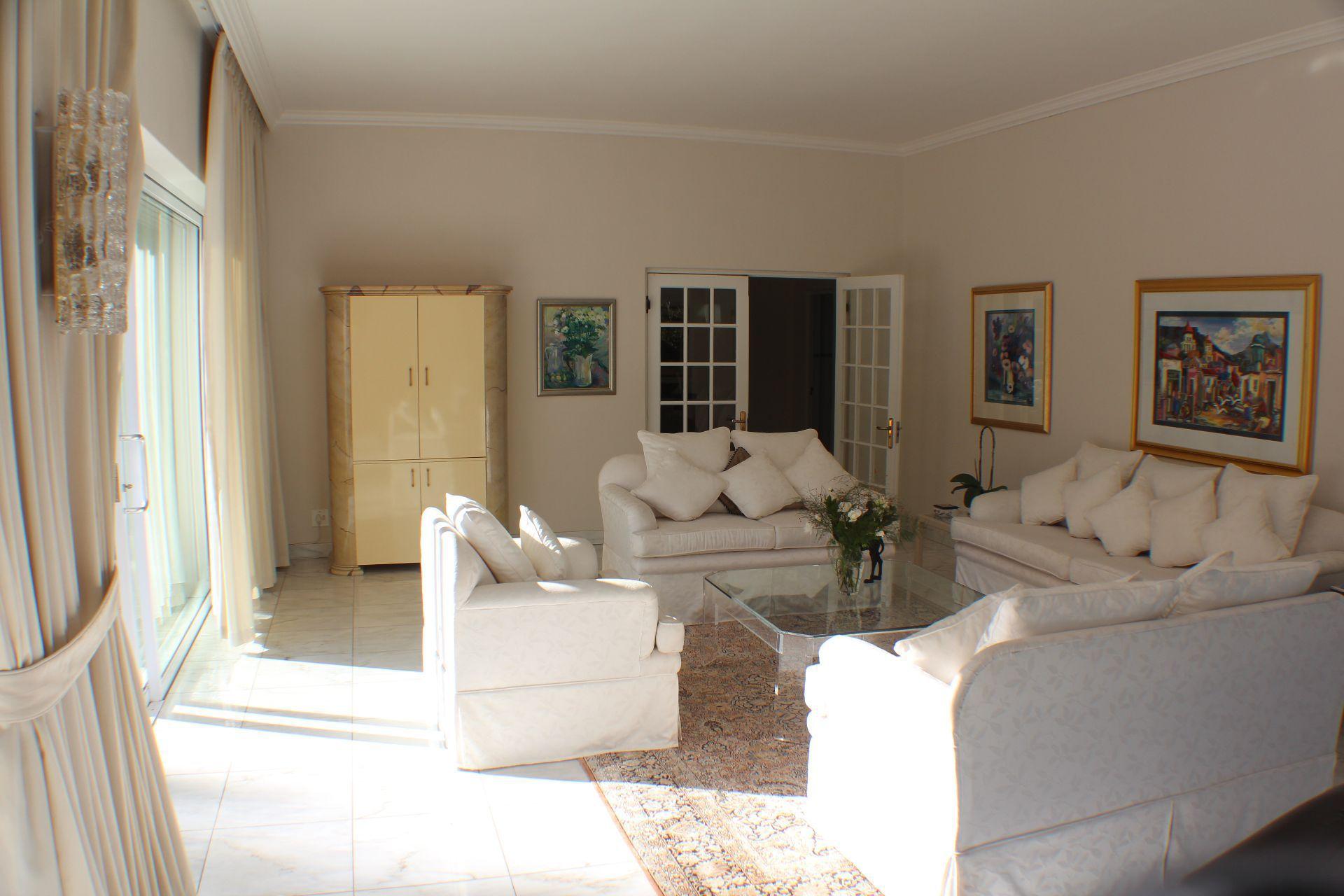 Erinvale Golf Estate property for sale. Ref No: 13509371. Picture no 14