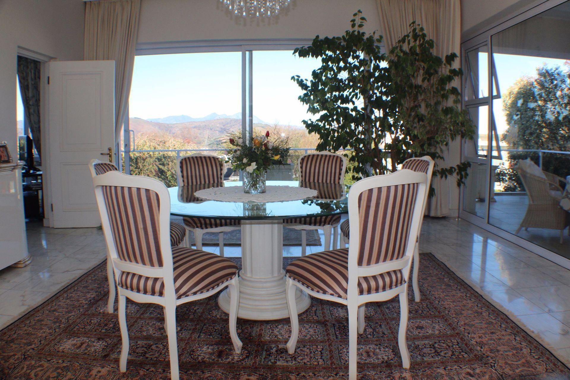 Erinvale Golf Estate property for sale. Ref No: 13509371. Picture no 11