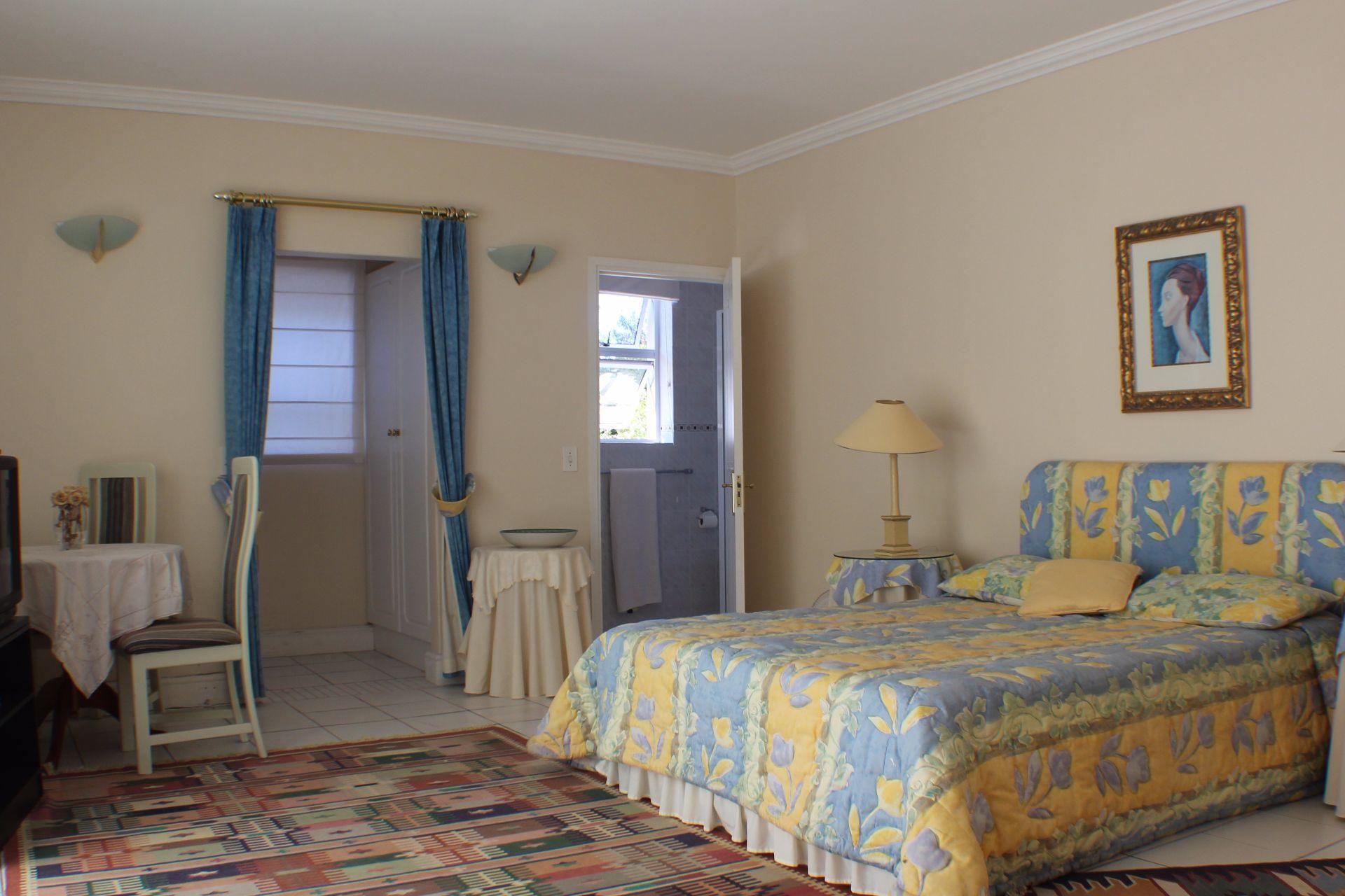 Erinvale Golf Estate property for sale. Ref No: 13509371. Picture no 21