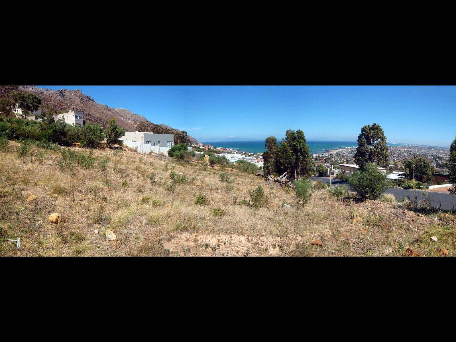 Gordons Bay, Mountainside Property  | Houses For Sale Mountainside, MOUNTAINSIDE, Stand  property for sale Price:795,000
