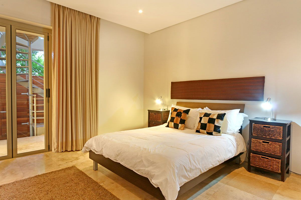 Camps Bay property for sale. Ref No: 2986870. Picture no 17