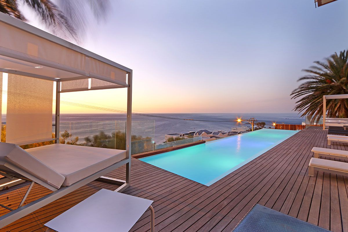 Camps Bay property for sale. Ref No: 2986870. Picture no 22