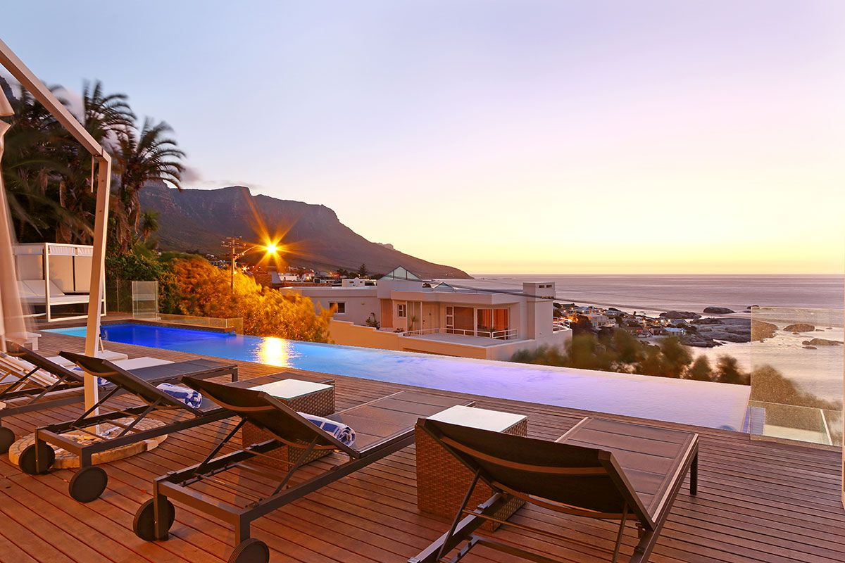 Camps Bay property for sale. Ref No: 2986870. Picture no 1