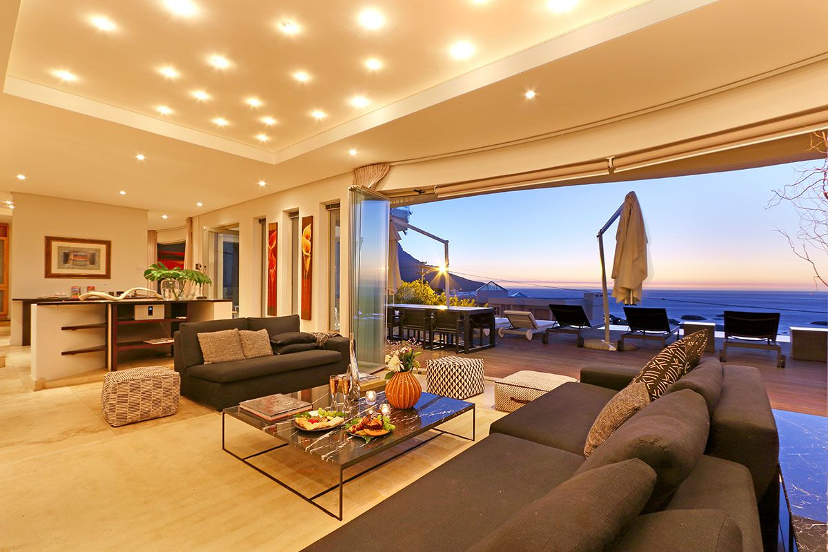 Camps Bay property for sale. Ref No: 2986870. Picture no 9
