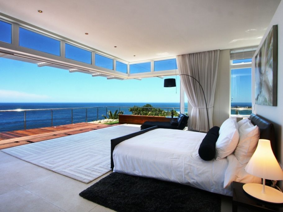 Camps Bay property for sale. Ref No: 2986870. Picture no 15