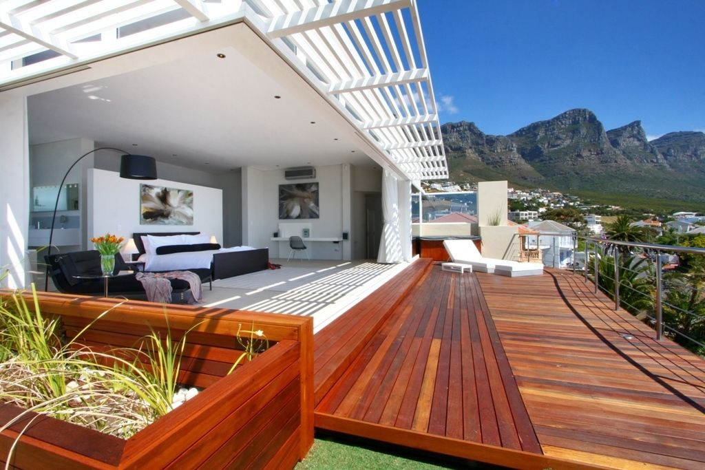 Camps Bay property for sale. Ref No: 2986870. Picture no 14