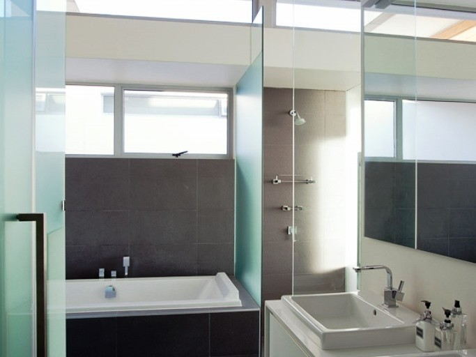 Camps Bay property for sale. Ref No: 3078354. Picture no 8