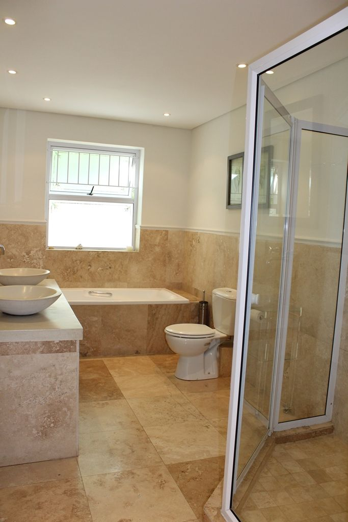 Camps Bay property to rent. Ref No: 13398136. Picture no 6