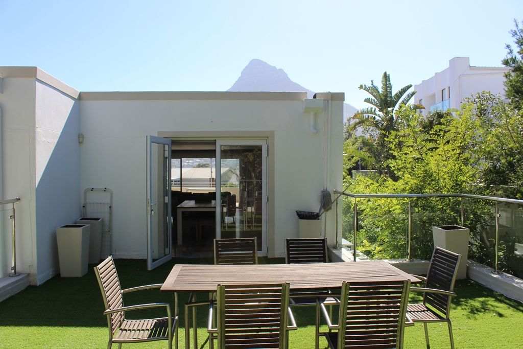 Camps Bay property to rent. Ref No: 13398136. Picture no 25