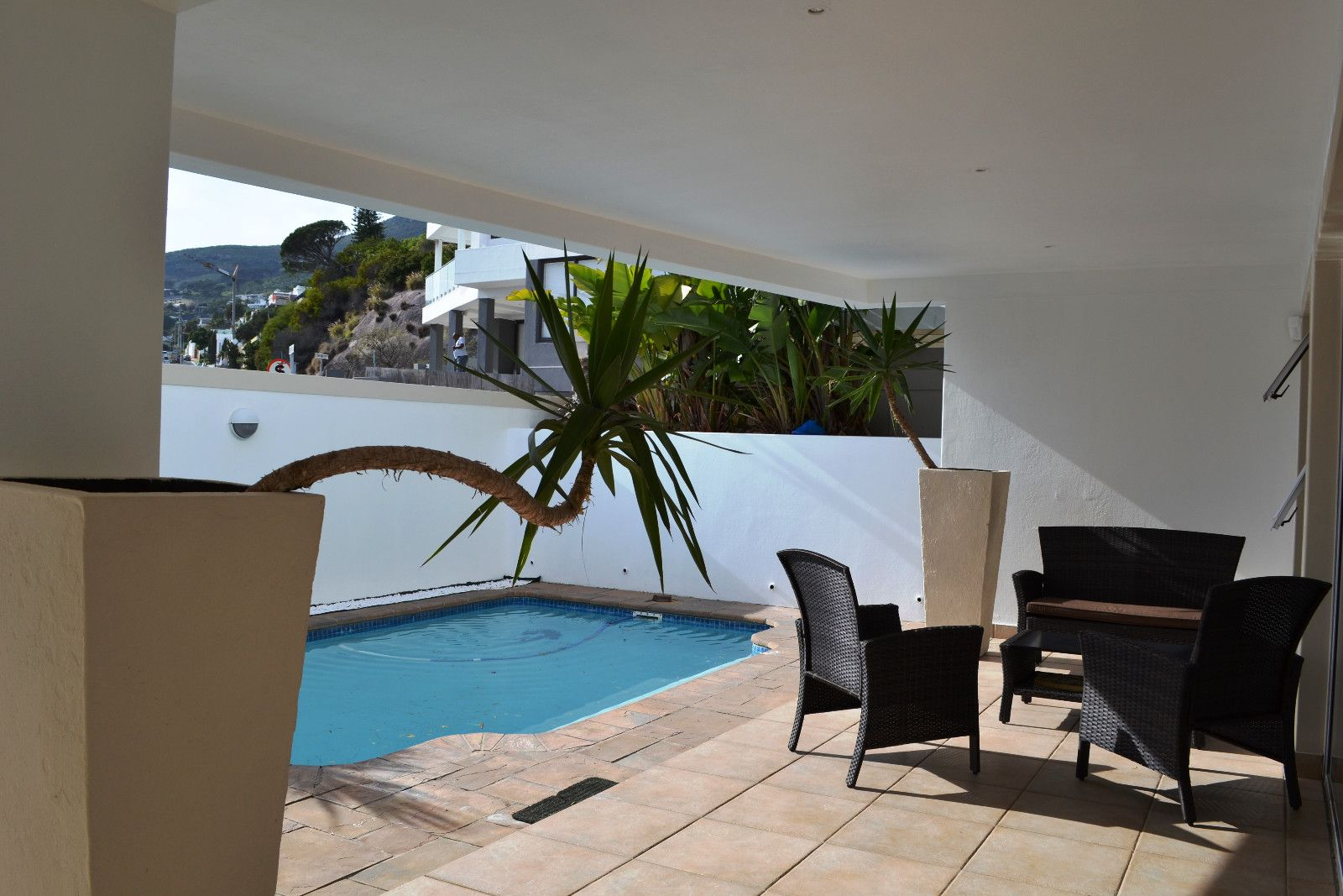 Camps Bay property to rent. Ref No: 13398136. Picture no 19