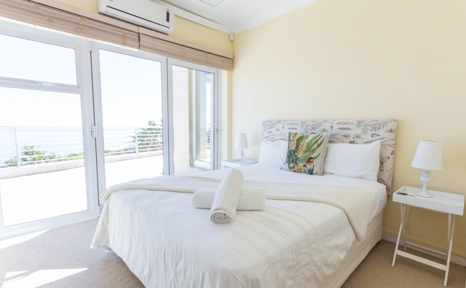 Camps Bay property to rent. Ref No: 13246812. Picture no 17
