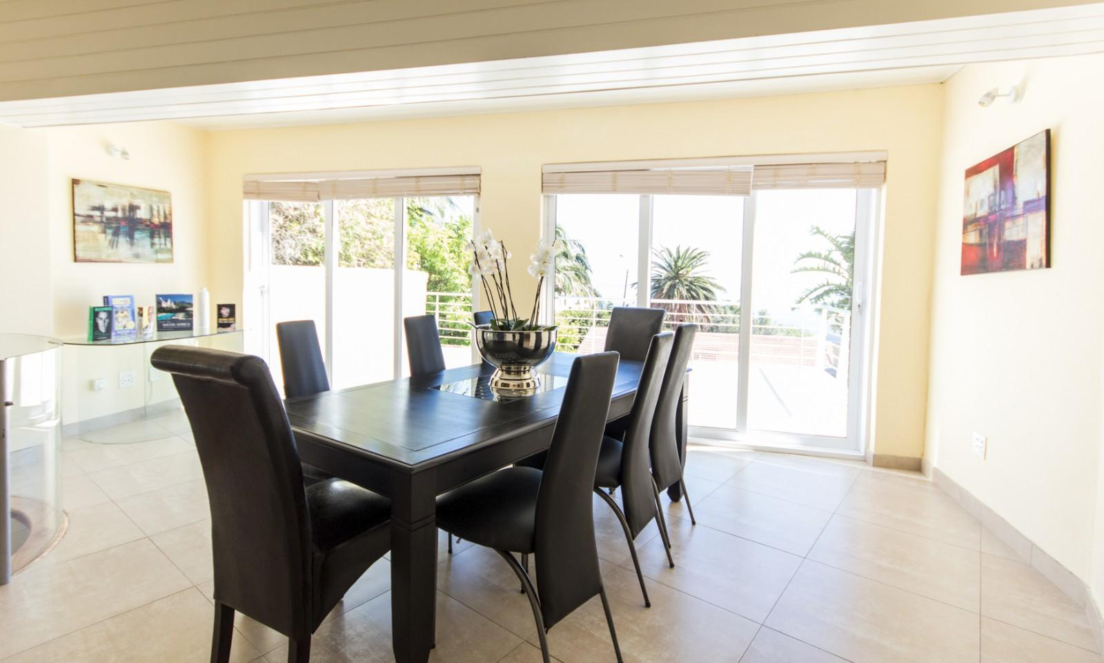 Camps Bay property to rent. Ref No: 13246812. Picture no 22