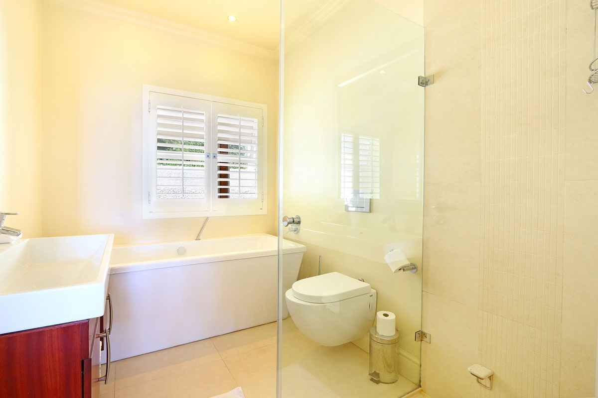 Camps Bay property to rent. Ref No: 13383813. Picture no 3
