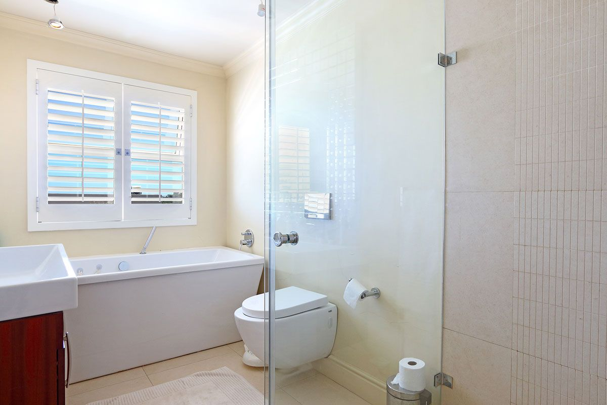 Camps Bay property to rent. Ref No: 13383813. Picture no 7