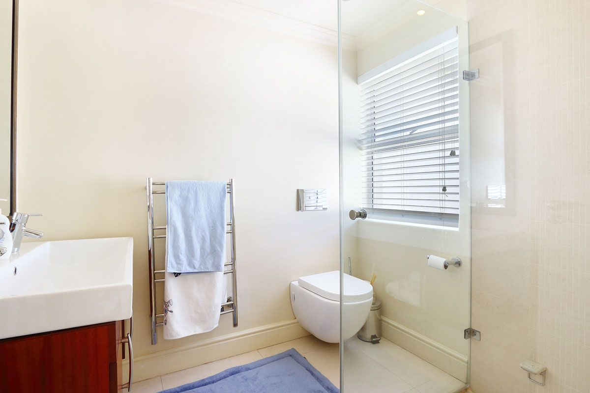 Camps Bay property to rent. Ref No: 13383813. Picture no 8
