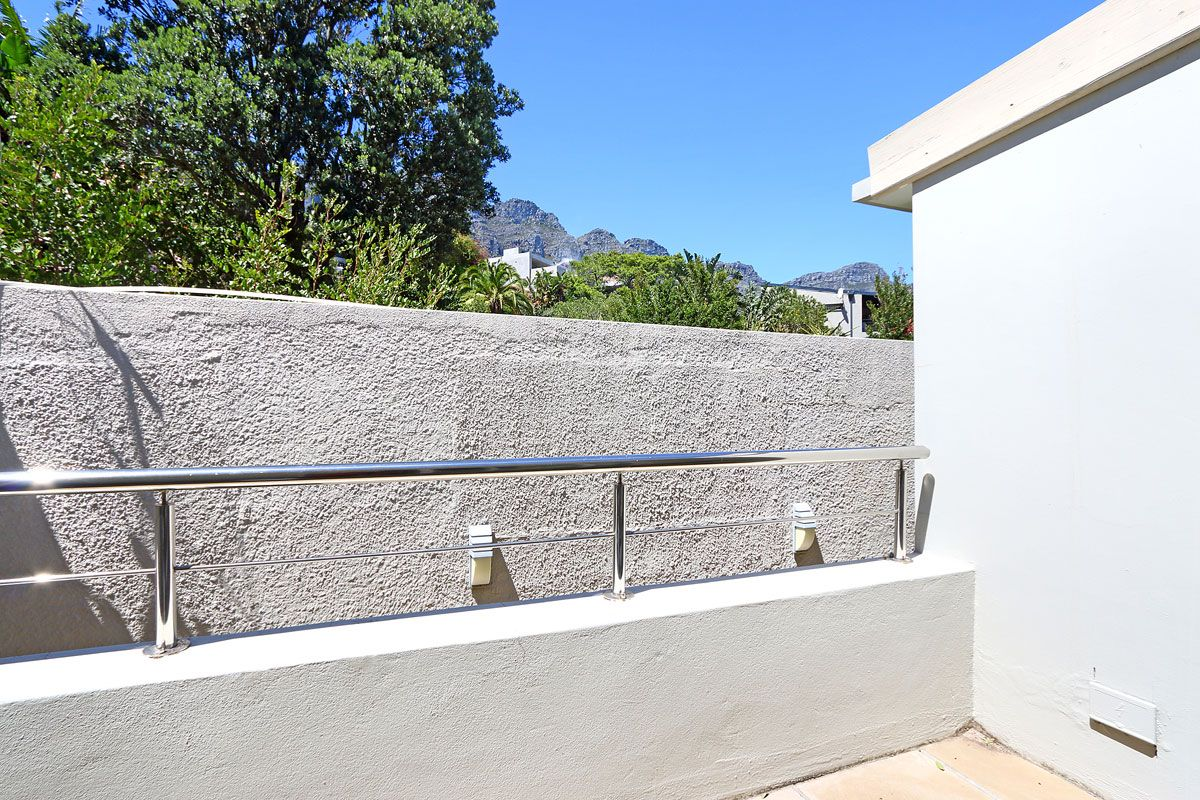 Camps Bay property to rent. Ref No: 13383813. Picture no 9