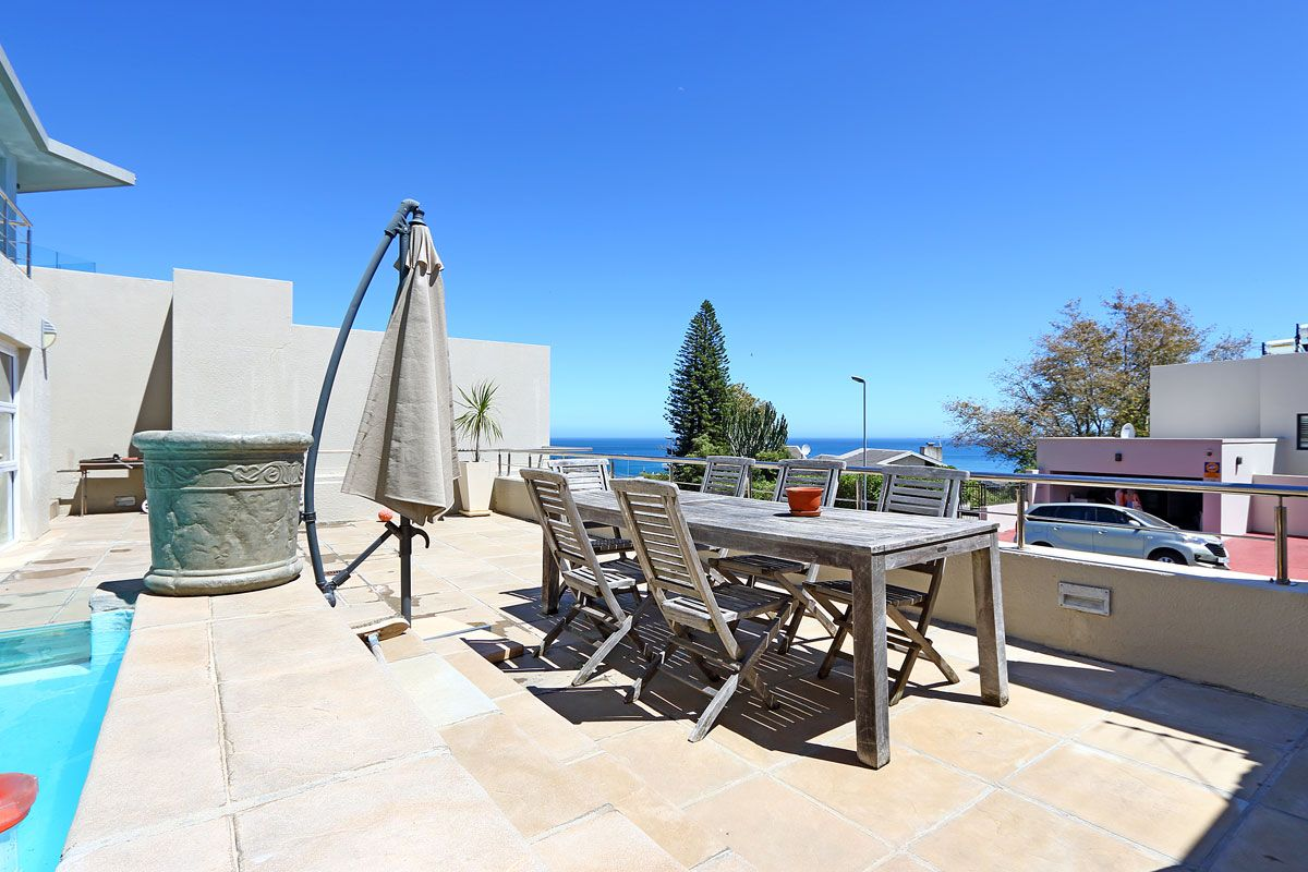 Camps Bay property to rent. Ref No: 13383813. Picture no 22