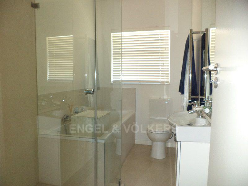 Camps Bay property to rent. Ref No: 13401578. Picture no 5
