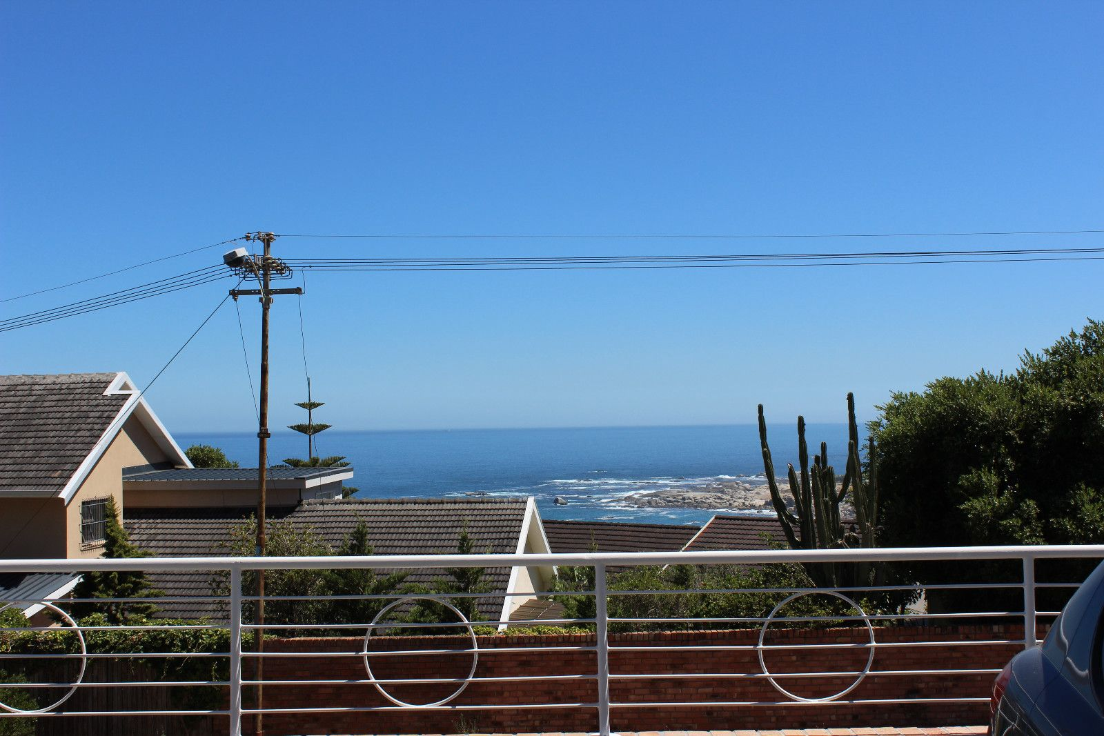 Camps Bay property to rent. Ref No: 13456440. Picture no 10