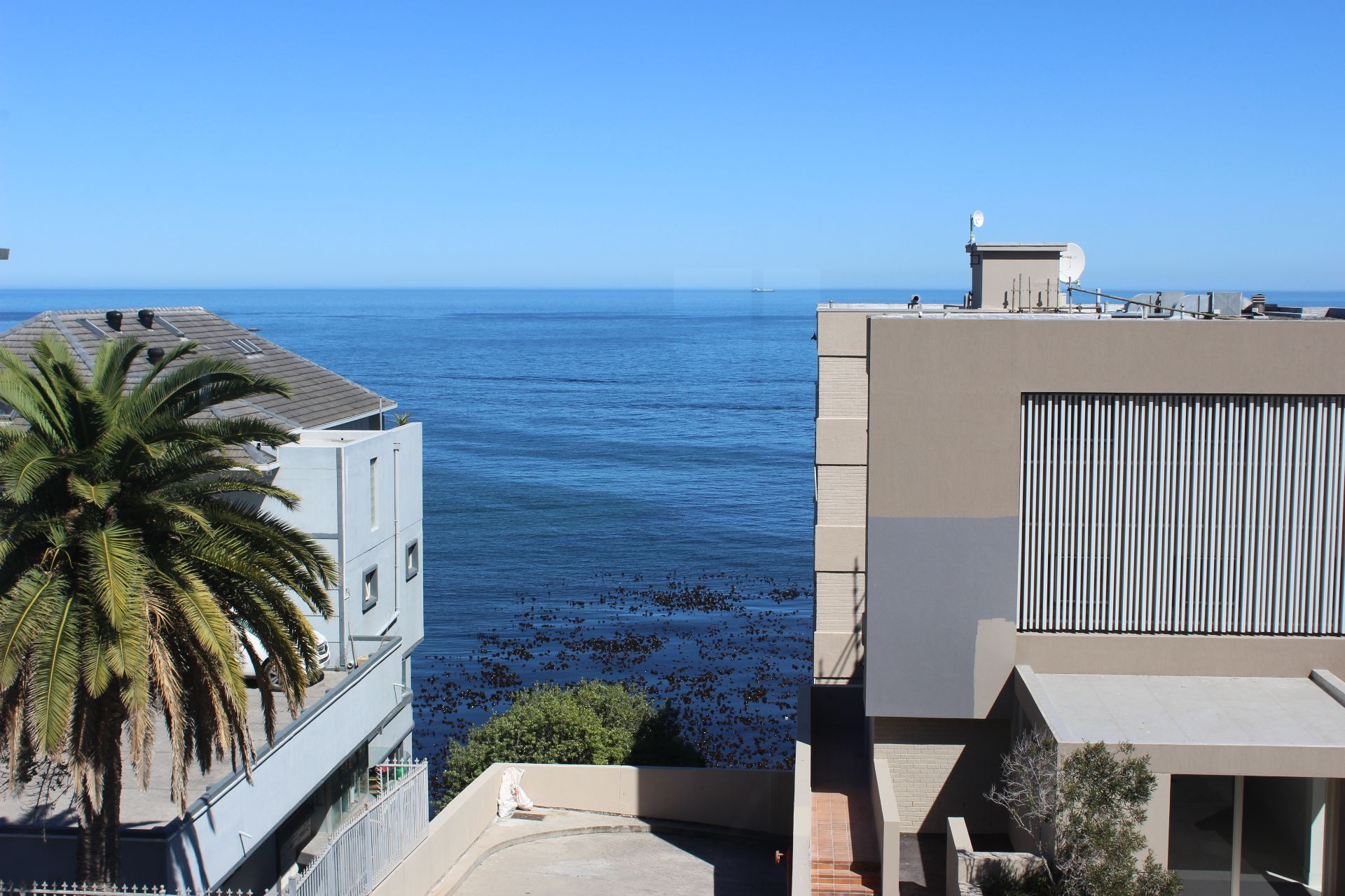 Cape Town, Bantry Bay Property  | Houses To Rent Bantry Bay, BANTRY BAY, Apartment 2 bedrooms property to rent Price:, 31,00*
