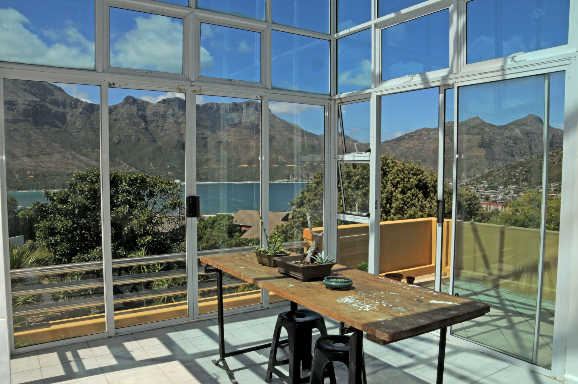 Hout Bay, Hout Bay Heights Property  | Houses For Sale Hout Bay Heights, HOUT BAY HEIGHTS, Cluster 5 bedrooms property for sale Price:2,900,000