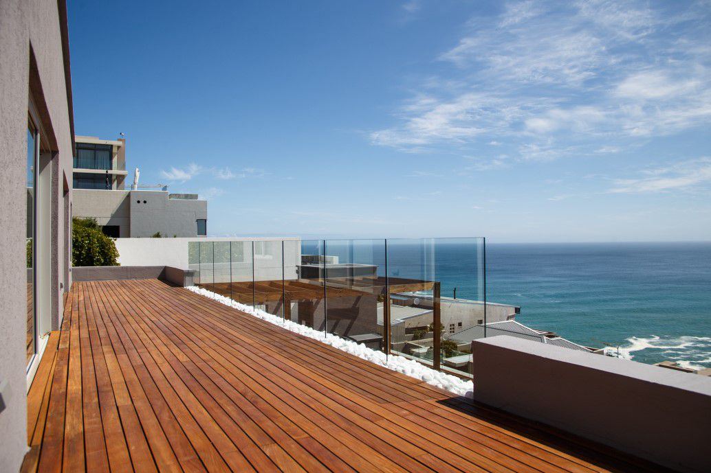 Bantry Bay property for sale. Ref No: 13538685. Picture no 2